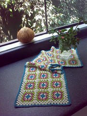 New TableRunner (LauraLRF) Tags: window kitchen thread de table ventana camino coconut squares yarn cocina cotton coco hilo granny runner mesa algodon cuadrados