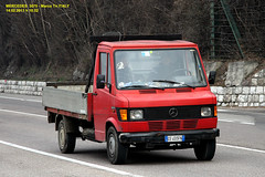 MERCEDES  3070 (marvin 345) Tags: old italy classic truck vintage mercedes italia voiture camion marco oldtimer trucks van trentino vecchio autocarro mercedes3070