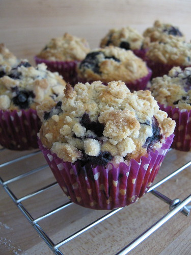 blueberry-streusel muffins