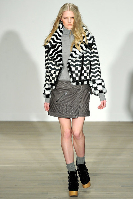 http://richgirllowlife.blogspot.com/ matthew williamson fall 2011