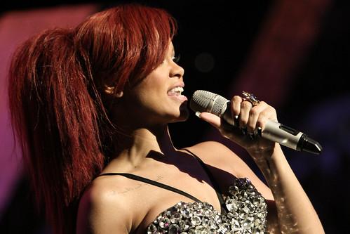 rihanna 2011 nba all star. Rihanna - 2011 NBA All Star