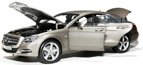 Norev Mercedes CLS 1-18