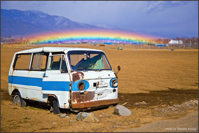 old car&rainbow