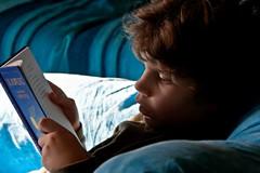 blue reading (duegnazio) Tags: canon 350d blu libro ritratto lettura 2011 somethingblueinmylife duegnazio