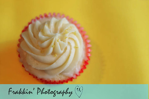 Lemon Cupcakes 1 wm