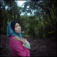 264 (hey.poggy) Tags: pink portrait 120 tlr film square dof amy emotion kodak bokeh expression creative hijab 66 malaysia mf shawl terengganu swirll ektacolor poggy seagull4 zalikha ikha mrhuggies