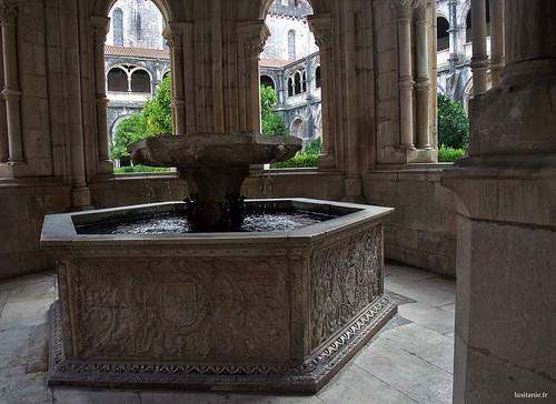 Lavabo, where monks washed their hands before meals
