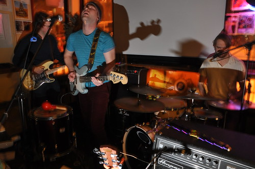 Wind Up Radio Sessions at The Avant-Garde Bar