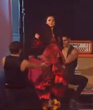 Teresa entro a escenario para bailar con Gloria Trevi el tema de la ...