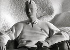 Statue in B&W (Guido Havelaar) Tags: bw sculpture schwarzweiss pretoebranco noirblanc 黑白色 neroeblanco ブラックホワイト чорныбелы