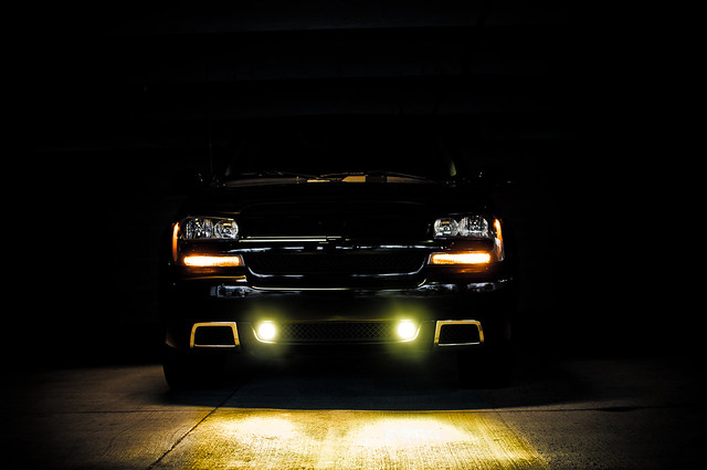 yellow dark amber illinois garage parking ss tyler chevy trailblazer 2007 harney fogs hids 2011 3000k hiids