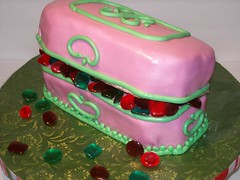 Jewelry Box Cak (Cake Creations by Trish) Tags: pink jewels jewelrybox pinkfondant