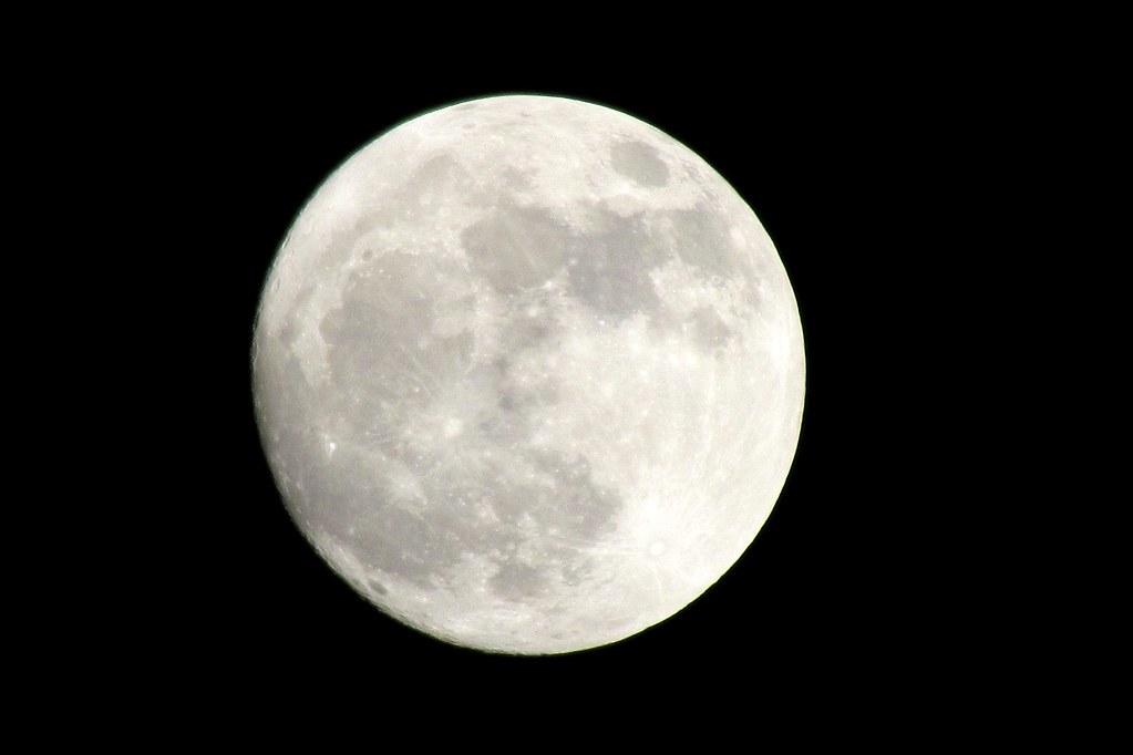 perigeu lunar