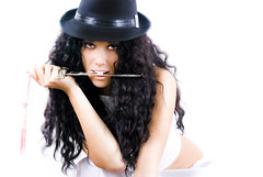 Athame di Luna (Officine Numen) Tags: girl fashion glamour mano lama bella bocca dita cappello ragazza athame coltello collana