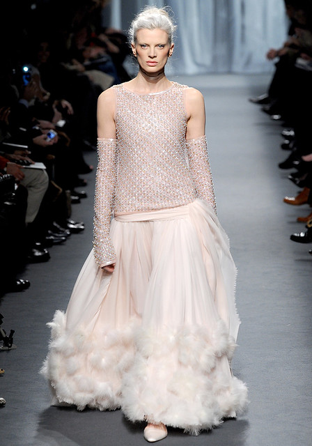 Chanel-Spring2011Couture-66_101756572918