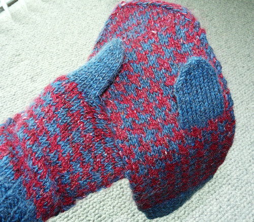 Tweed Houndstooth Mittens