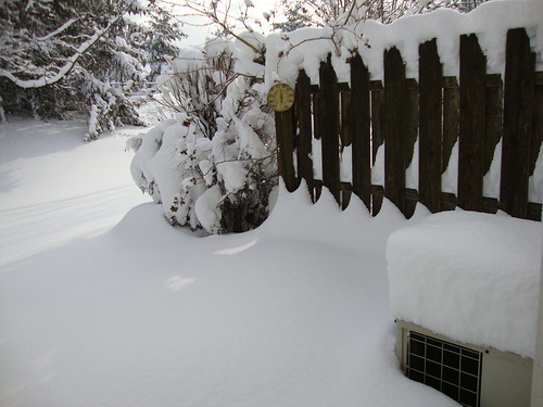 my air conditioner unit is on the right 1/27/11
