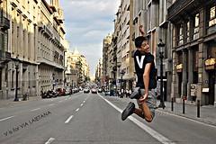 V is for VIA LAIETANA (aDm (FacilySencillo)) Tags: barcelona street jump jumping adm az junction v salto alphabet atoz saltar abecedario alfabeto vialaietana abecedari admphotography facilysencillo