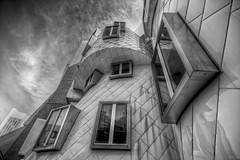 Scatterplot of A Modern Architect (bijoyKetan) Tags: windows monochrome mit wide perspective experiment csail statacenter hdr ketan massachusettsinstituteoftechnology building32 scatterplot sigma1020mmusm bijoyketan