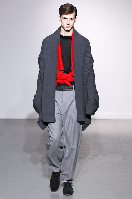 Theo Hall3112_FW11_Paris_Gustavo Lins (Simply Male Models)