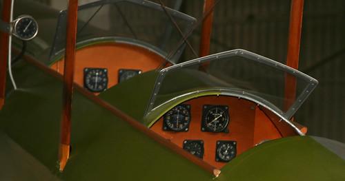 Caudron C-272 (30-171 - EL-007) Cockpit