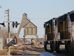 Let's Meet Up at the Coal Tower... (JayLev) Tags: up unionpacific dekalb coalingtower coalchute coaltower trainmeet stacktrain twotrains genevasub