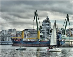 1889-Porto da Corua (jl.cernadas) Tags: city cidade puerto mar corua barcos ciudad porto vela atlantico acorua lacorua embarcaciones portocorua