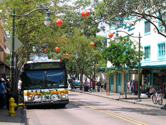 Honolulu's buses use clean technology (by: absentmindedprof/Jennifer, creative commons license)