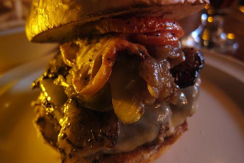 Stout: Stout Burger