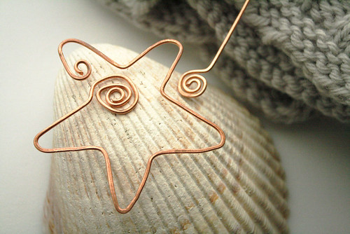 Star shawl pin in copper