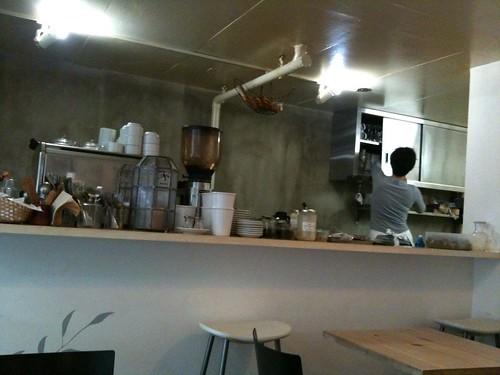 カタネカフェの店内。