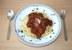 31 - Spaghetti Bolognese - Fertiges Gericht-II (JaBB) Tags: food cooking dinner recipe lunch essen spaghetti thymian tomaten bolognese pfeffer rosmarin kochen nudeln spaghettibolognese foodblog nahrung salz hackfleisch rezept nahrungsmittel groundmeat foodblogger tomatenmark kochexperiment