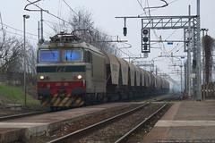 Grazie!! (Raffaele Russo (LeleD445)) Tags: railroad rail locomotive treno tigre 003 cava fs stato cremona prototipo dello ferrovie cereali e652 elettroniche tradotta elettriche tigozzi