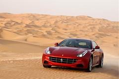 [フリー画像] 乗り物, 自動車, フェラーリ, フェラーリ FF, 201103112300