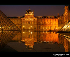 Paris Louvre 9743 (Hatuey Photographies) Tags: paris france louvre nuit pyramide parisbynight hatueyphotographies ©hatueyphotographies