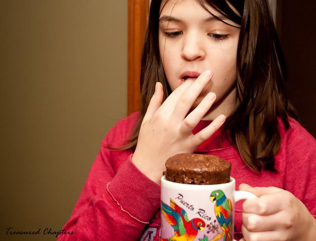 MugCake Alex tasting