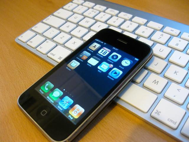 iPhone and Mac Keyboard