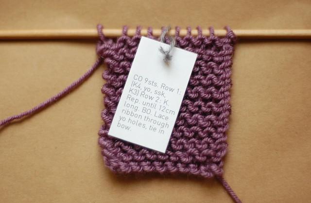 mini knit bracelet pattern