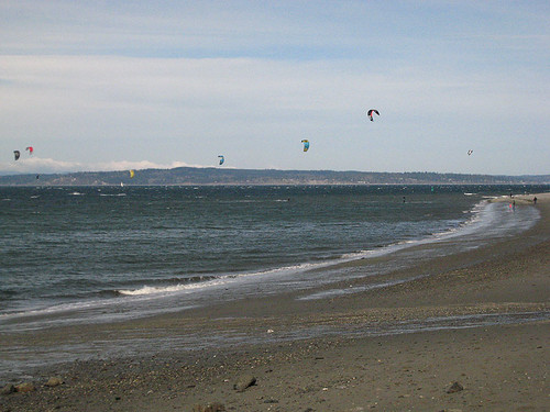 Kitesurfing at Golden Gardens
