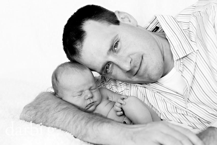 DarbiGPhotography-Kansas City newborn photographer-031511-MY-106