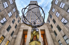 30 Rockefeller Plaza Statue of Atlas - Manhattan (Mister Joe) Tags: urban usa ny newyork statue bronze nbc daylight globe manhattan joe atlas nyny dynamicrange hdr 30rock rockefellerplaza leelawrie renechambellan