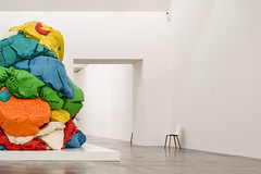 play.doh (el genio del dub) Tags: color art gallery sculpture installation london vauxhall jeff koons play doh caruso john