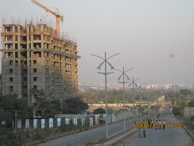 Rajiv Gandhi Infotech Park Phase 1 Hinjewadi, 40 meter wide road and Megpolis Smart Homes 1 - Megapolis on 26th January 2011