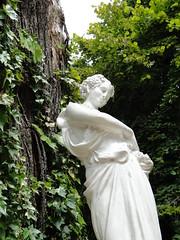 La que divide el Norte del Sur (_echoes_) Tags: sony carlos escultura estatuas lota octava carbón bíobío cousiño parquedelota dschx1