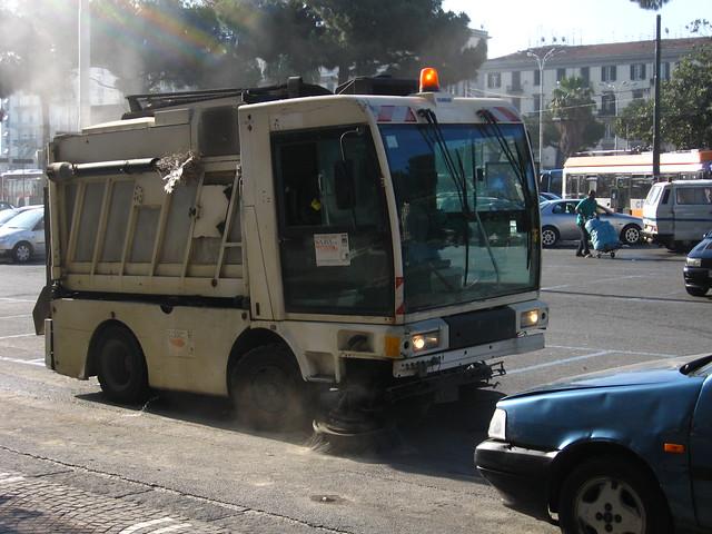 ナポリの清掃車のフリー写真素材