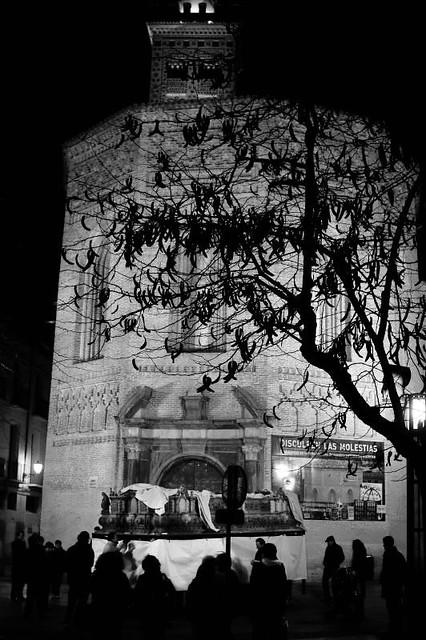 Semana Santa de Zaragoza. Ensayo de los costaleros de la Humildad.2011 by Cesar Angel. Zaragoza