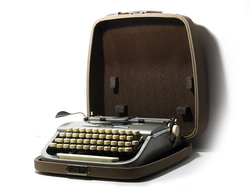 Brosette typewriter