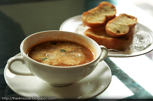 Black Sheep Cafe - Prawn Bisque with Garlic Bread