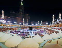 Holly Kaaba (Abdulhameed Shamandour) Tags: building architecture night photography photo minaret islam prayer pray arc mosque holly syria damascus mohammad mekka mecca makkah makka shutterspeed kaaba         abdulhameed  qebla shamandour