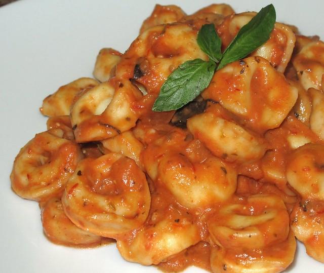 cheese-tortellini-sauce-rosee-4